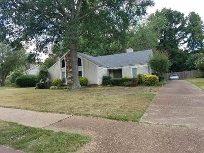 Memphis Single Family Home For Sale: 8420 Rembrook
