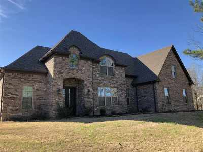 Byhalia Single Family Home For Sale: 4241 Glynn Valley