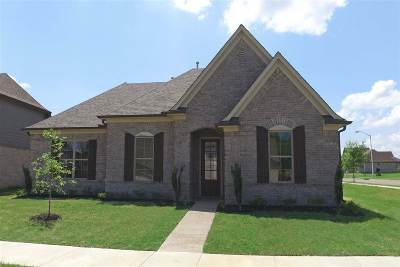 Olive Branch Single Family Home For Sale: 8335 Stonecrest East