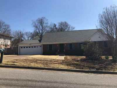 Memphis Single Family Home For Sale: 2810 Stage Park