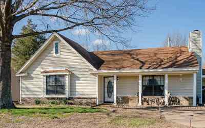 Memphis Single Family Home For Sale: 7128 Markim