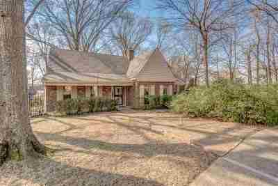 Memphis Single Family Home For Sale: 134 Country