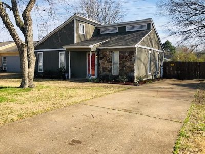 Memphis Single Family Home For Sale: 6639 Knollfield
