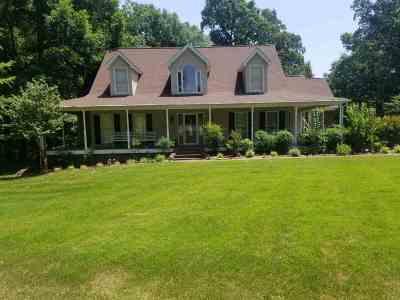 Somerville Single Family Home For Sale: 65 Oak Meadow