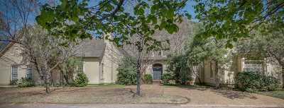 Memphis Single Family Home For Sale: 35 E Chickasaw
