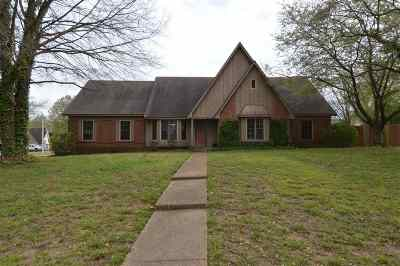 Collierville Single Family Home For Sale: 629 Royal Crown
