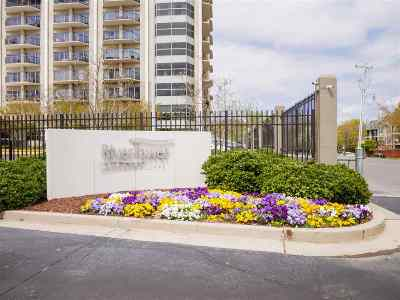 Condo/Townhouse For Sale: 655 Riverside #406B