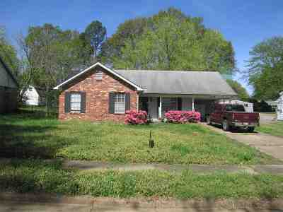 Millington Single Family Home For Sale: 7205 Pam