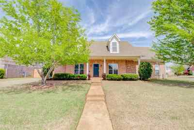 Collierville Single Family Home Contingent: 1314 Hunters Mill