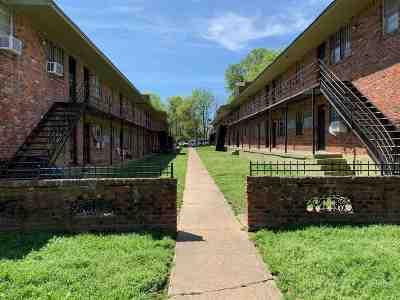 Memphis Multi Family Home For Sale: 605 E McLemore