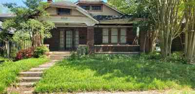 Single Family Home For Sale: 300 Malvern
