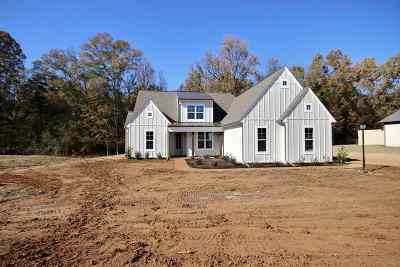 Piperton Single Family Home For Sale: 100 Burrow