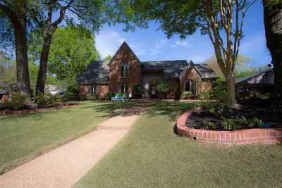 Germantown TN Single Family Home Contingent: $425,000