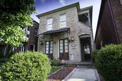 Memphis Single Family Home For Sale: 105 Toulouse