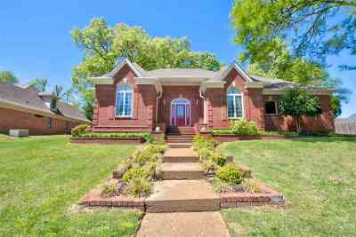 Memphis Single Family Home For Sale: 2741 Misty Brook