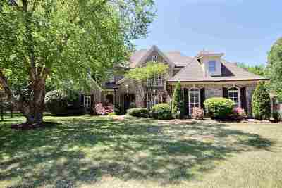 Collierville Single Family Home Contingent: 1184 Willow Bend