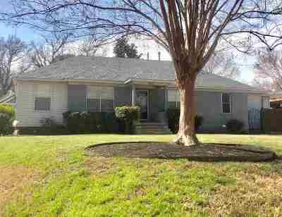 Memphis Single Family Home For Sale: 3831 Rosedale