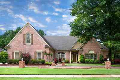 Collierville Single Family Home Contingent: 1901 Swynford