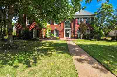 Germantown Single Family Home Contingent: 9526 Doe Meadow
