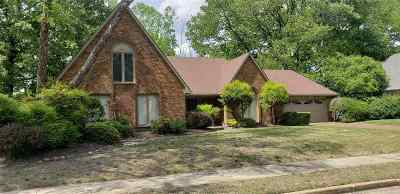 Memphis Single Family Home For Sale: 7330 Abercrombie