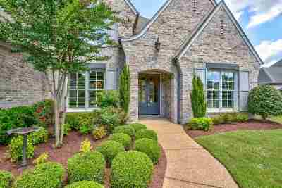 Collierville Single Family Home Contingent: 10594 Harvest Oaks