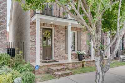 Single Family Home For Sale: 633 S Front