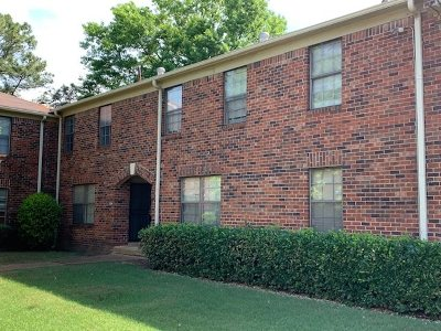 Memphis Single Family Home For Sale: 3214 Thirteen Colony #1A