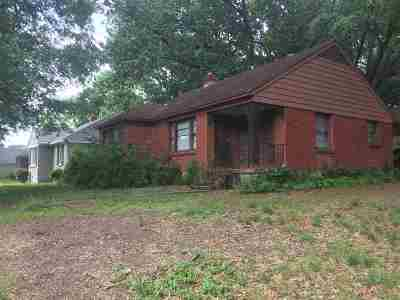 Shelby County Single Family Home For Sale: 1628 Gilson