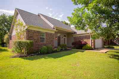 Single Family Home Sold: 75 Brittany