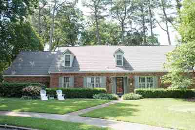 Memphis Single Family Home For Sale: 372 Sequoia