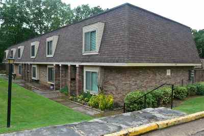 Germantown Condo/Townhouse Contingent: 6567 S Poplar Woods #2
