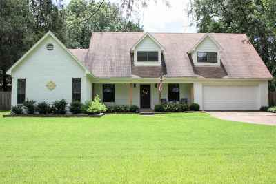 Collierville Single Family Home Contingent: 289 W White