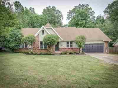 Memphis Single Family Home For Sale: 2718 Rockcreek