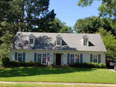 Memphis Single Family Home For Sale: 5566 Hinton