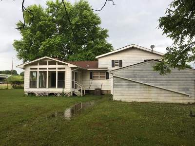 Memphis Single Family Home For Sale: 12283 Us 64
