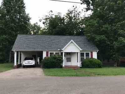 Selmer Single Family Home For Sale: 248 Canal
