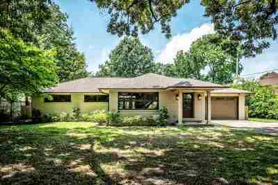 Single Family Home For Sale: 811 W Suggs