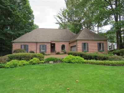 Memphis Single Family Home For Sale: 2116 Steeplebrook