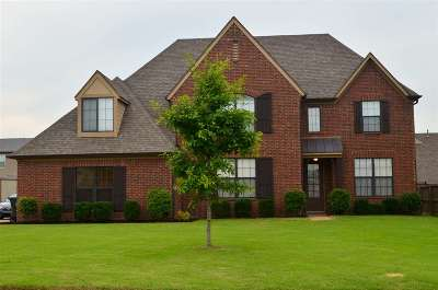 Bartlett Single Family Home Contingent: 5119 Catoosa
