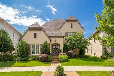 Collierville Single Family Home For Sale: 995 Russell Farms