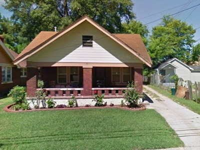 Single Family Home For Sale: 801 Spring
