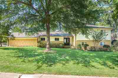 Single Family Home For Sale: 5710 Sycamore Grove