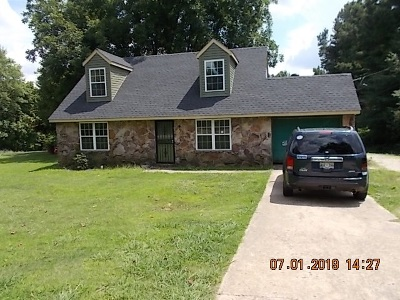 Single Family Home For Sale: 1321 Joe Joyner