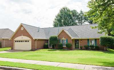 Memphis Single Family Home For Sale: 8928 Forest Breeze