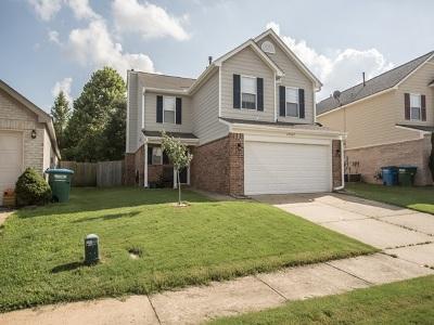 Arlington Single Family Home For Sale: 12069 Misty