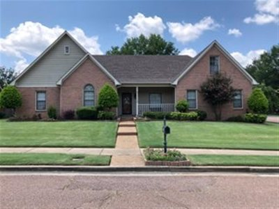 Collierville Single Family Home Contingent: 1083 Heather Lake