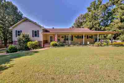 Millington Single Family Home Contingent: 4003 Lelah