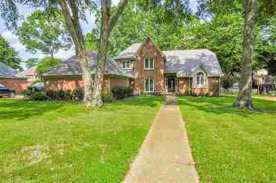 Collierville Single Family Home Contingent: 3510 Beaver Run