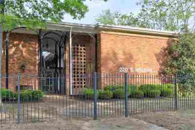 Single Family Home For Sale: 220 S McLean #5