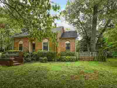 Memphis Single Family Home For Sale: 720 Sweetbrier
